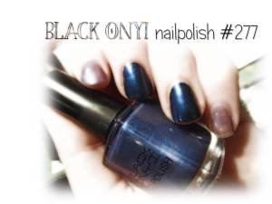 Black OnYI nailpolish